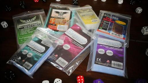 Bustine-protettive-carte-giochi-da-tavolo-2.png